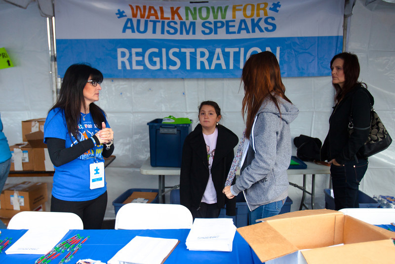 2013 Walk Now for Autism Speaks Orange County - Great Park - Photos by Tak Watanabe